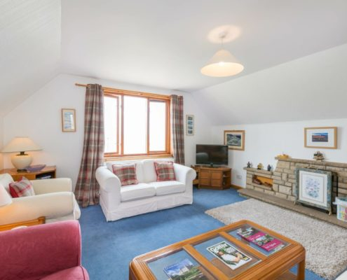lounge at-highland-accommodation-brora
